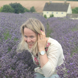5 Lavender Field ajoure and orchid ring